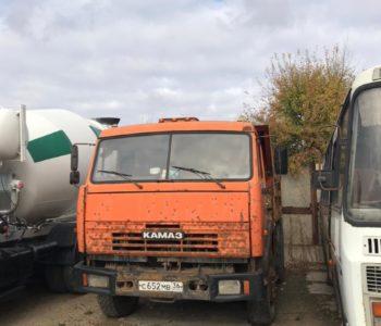 грузовой самосвал камаз